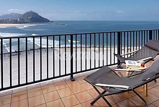 Zurriola Terrace - Vistas al mar, junto a la playa con terraza Guipúzcoa