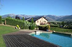 Casa vistas a Masella y Puigmal, jardín y piscina. Girona/Gerona