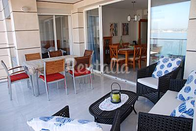 Apartamento de 2 habitaciones en 1ª linea Alicante