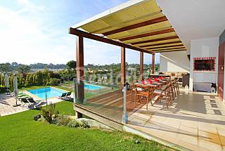 Villa for rent only 300 meters from the beach Setúbal