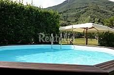 Villa singola con piscina e parco privato. Lucca