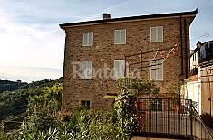 Appartamento con piscina e vista panoramica. Lucca