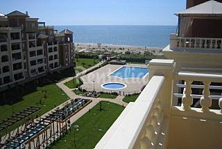 Apartment for 8 people on the beach front line Huelva