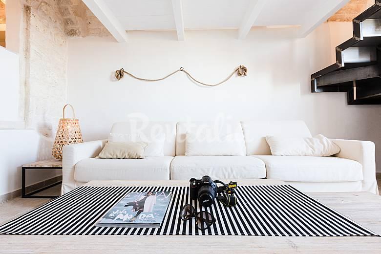 Casa vacanza in affitto centro storico ostuni ostuni for Case in affitto a brindisi arredate