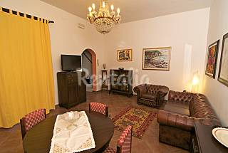 Delicious apartment in the center of the town Catania