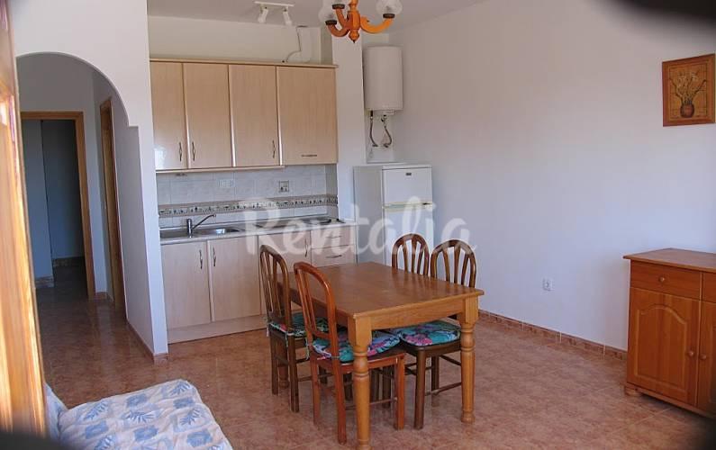 Apartamento para 4 personas en vera vera playa vera for Apartamentos en vera almeria