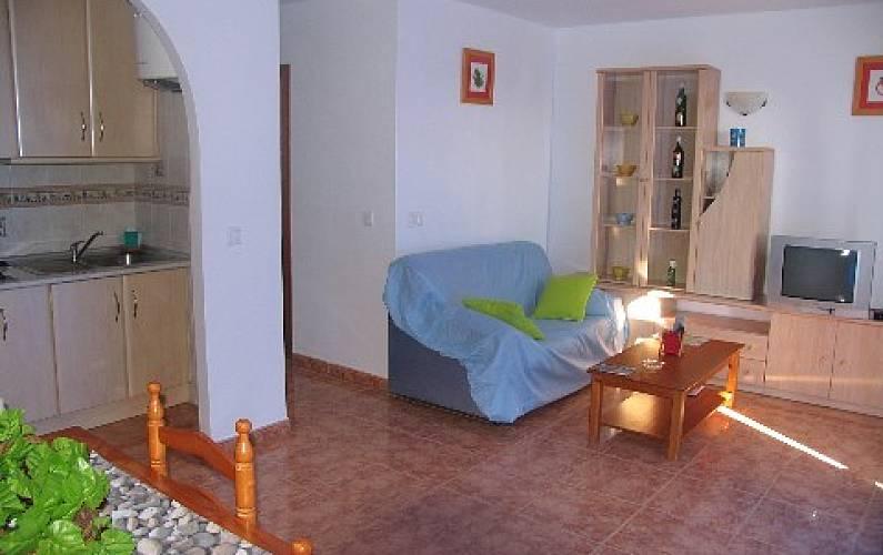 Apartamento para 6 personas en andaluc a vera playa for Apartamentos en vera almeria
