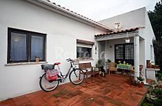 Villa con 2 stanze a 2.2 km dalla spiaggia Leiria