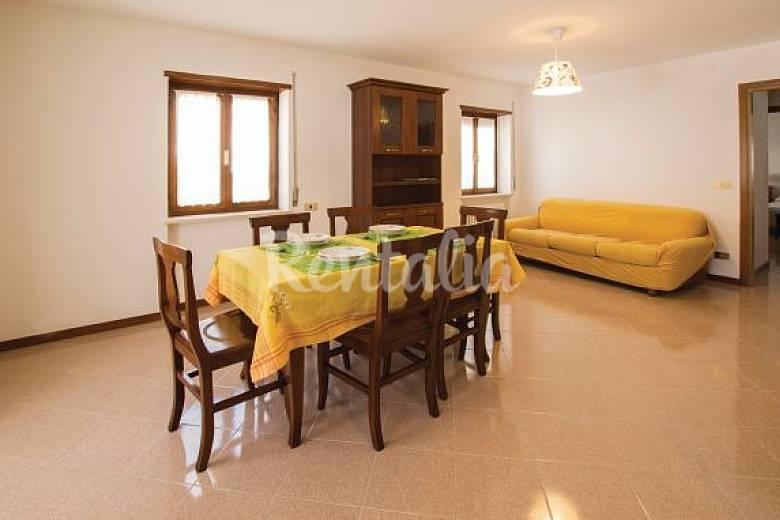Appartamento in affitto altopiano di asiago clama for Prezzi case asiago