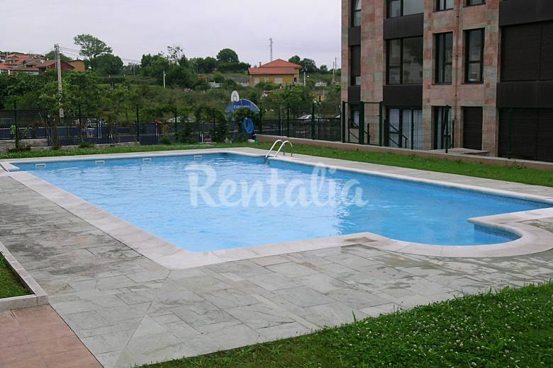 Apto en celorio llanes con piscina 300 m playa celorio for Piscinas en asturias