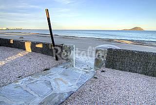 Villas en primerísima línea de playa  Murcia