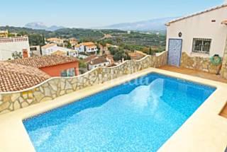 Villa en alquiler a 15 km de la playa Alicante