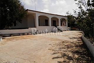 Villa with 2 bedrooms only 1000 meters from the beach Lecce
