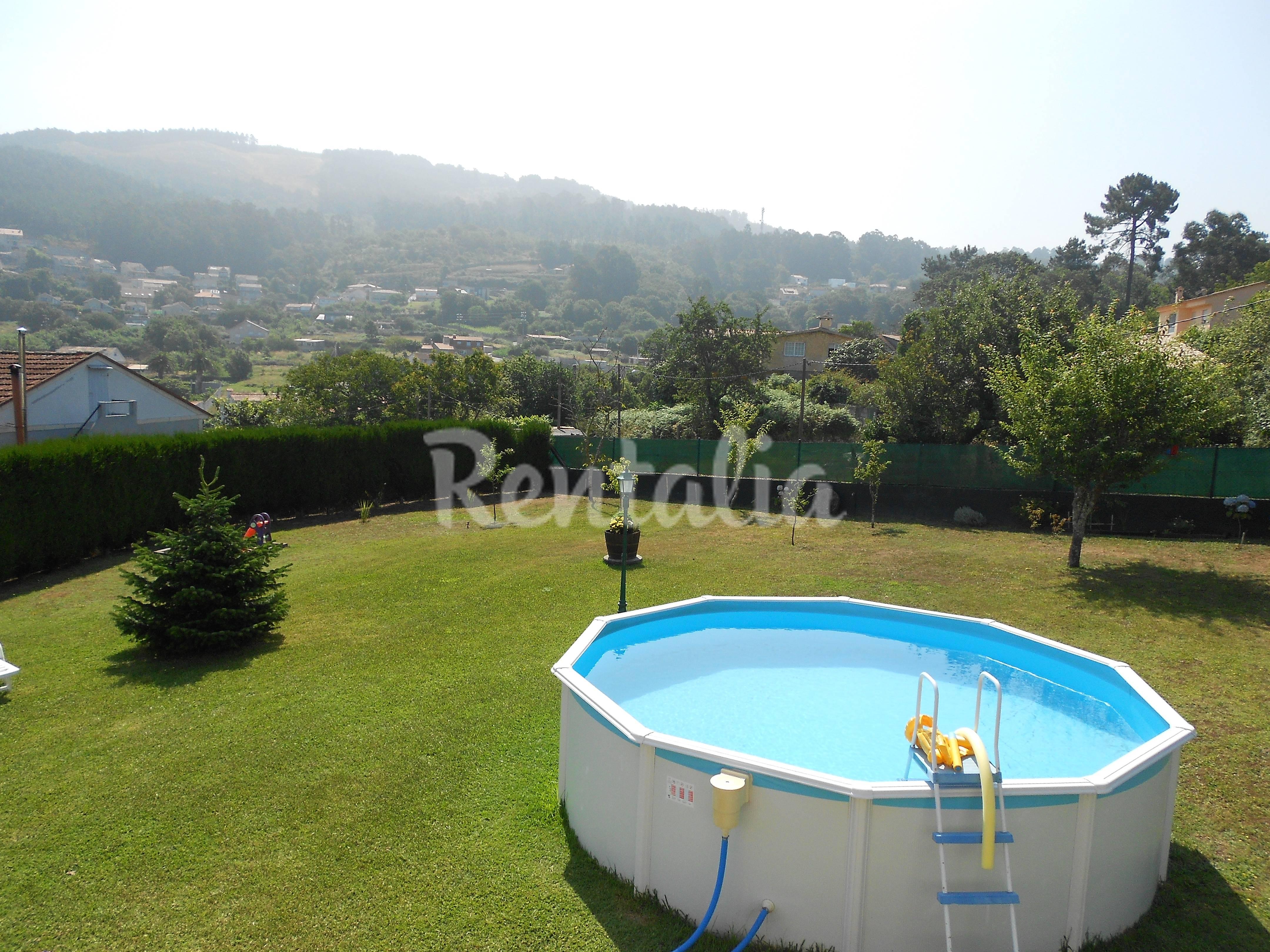 Casa con piscina y 1200m de parcela saians vigo - Apartamentos con piscina en galicia ...