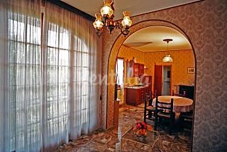 Apartment for 2-5 people in Castiglione del Lago Perugia