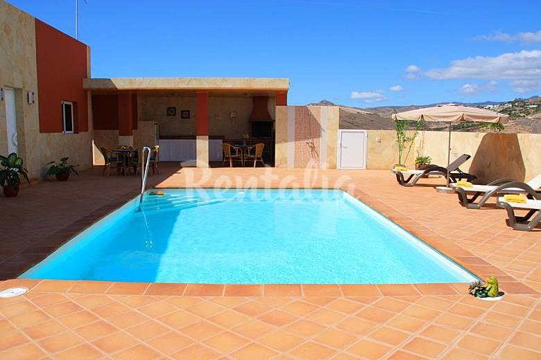 Villas With 3 To 7 Bedro 3 Km From The Beach Maspalomas San Bartolom De Tirajana Gran