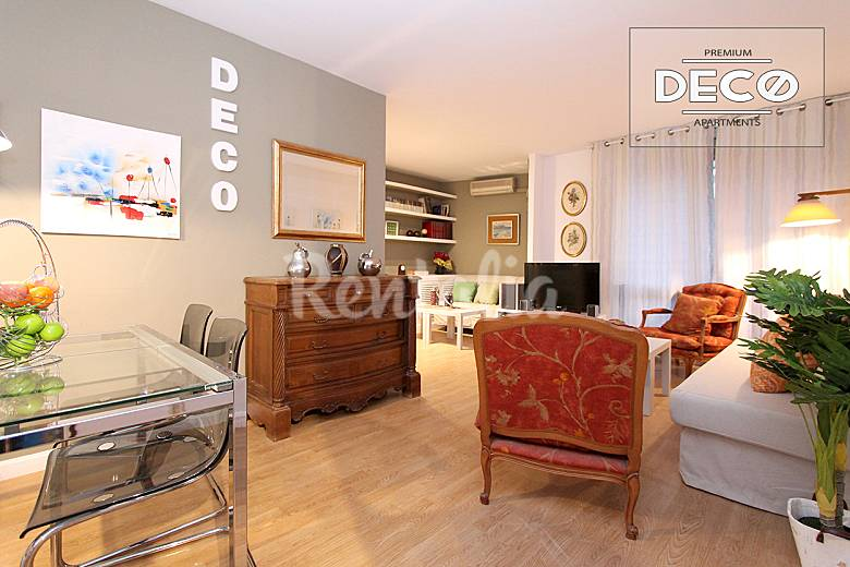 Apartamento chamartin deco con parking y piscina madrid for Apartamentos en madrid con piscina