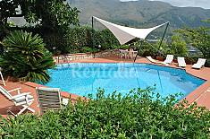 Villa for rent with swimming pool Latina