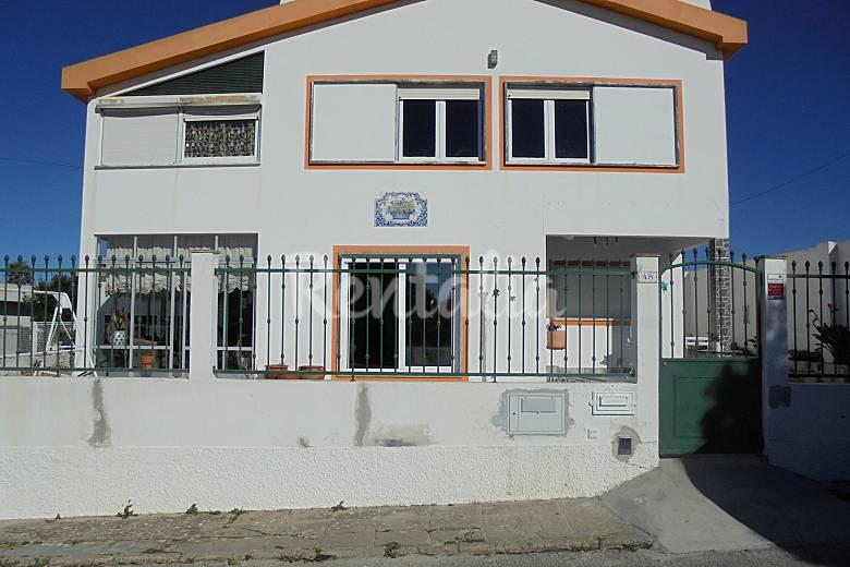 Apartamento de 2 habitaciones a 500 m de la playa a dos for Distribucion apartamento 50 m2