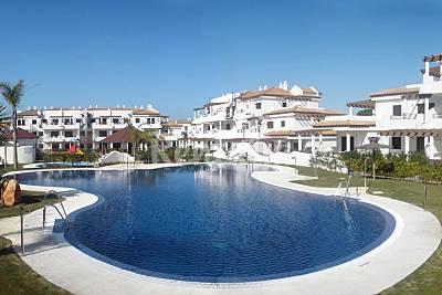 10 Apartamentos de 2 habitaciones a 550 m de la playa Cádiz