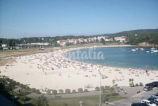 Apartamento com 2 quartos em frente à praia Pontevedra