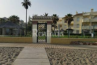 Apartment and Studio for rent on the beach front line Málaga