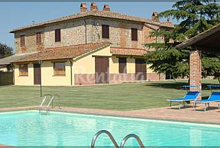 Old farmhouse ideal for families and friends Arezzo