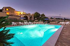 Diana, country villa with pool and panoramic view  Ragusa