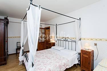 Charming Bedroom Perugia Perugia Countryside villa