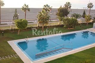Apartamento de 3 habitaciones en 1a línea de playa Almería