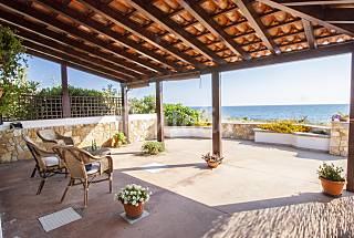 Pleasant Beachfront Villa Lecce