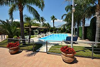 Villa for 11-12 people 4 km from the beach Trapani