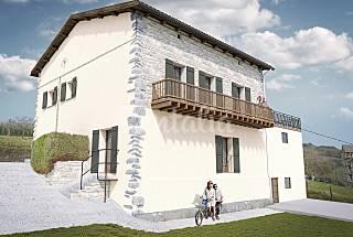 00952 - Casa en alquiler con jardín privado Navarra