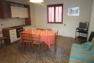 Home with parking to 250 m from the beach Lecce