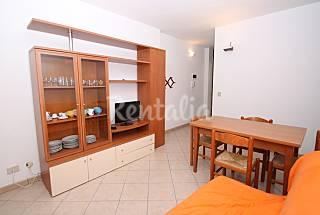 Apartment with private beach Ferrara