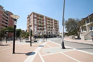 Apartamento de 2 habitaciones en 1a línea de playa Ferrara