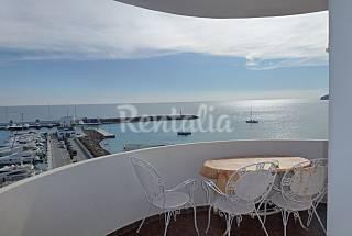 Apartamento para 8 personas frente al mar