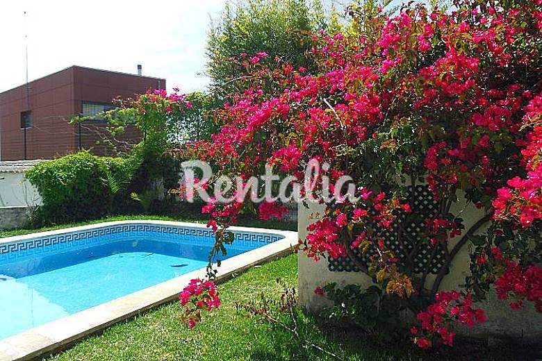 Villa pour 2 3 personnes 5 km de la plage s o for Jardin villa xavier