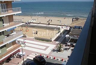 Apartamento para 4-5 personas en 1a línea de playa Valencia