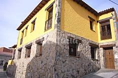 Casa de 5 habitaciones en Villanueva de Ávila Ávila