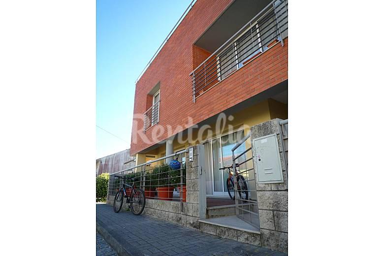 2 floor apartment with parking, 800 m from beach Viana do Castelo