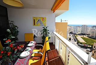 Perfect 2 bed apt just 300mts from the beach WIFI  Algarve-Faro