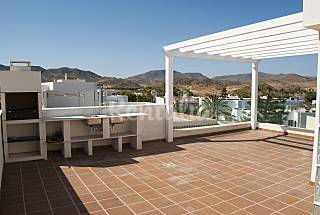 House with 4 bedrooms only 400 meters from the beach Almería