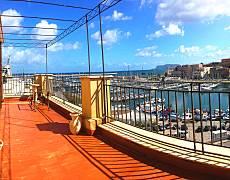 Apartamento en alquiler en 1a línea de playa Palermo