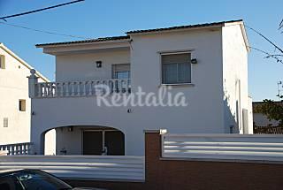 Casa en alquiler a 3.5 km de la playa Tarragona