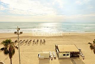 Apartamento para 8 personas en 1a línea de playa Cádiz