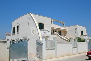 House with 1 bedrooms only 350 meters from the beach Taranto
