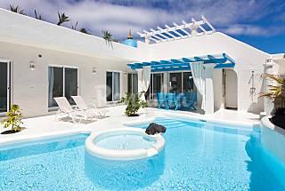 Villa 4.2 Bahiazul, 3 hab, Piscina Jacuzzi AC  Fuerteventura