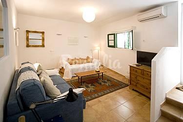 Casa en alquiler a 400 m de la playa cadaqu s girona - Casas rurales cadaques ...