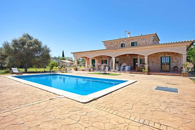 Precioso chalet con piscina sencelles mallorca - Chalet con piscina ...